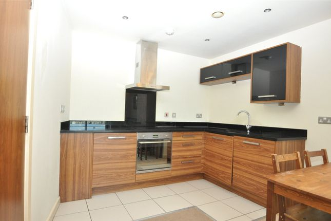 Picture No. 09 of The Gatehaus, Leeds Road, Bradford, West Yorkshire BD1