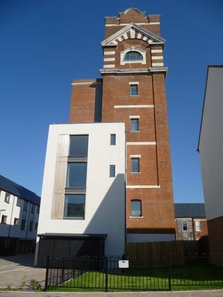 Thumbnail Flat to rent in Watertower Way, Limes Park, Basingstoke
