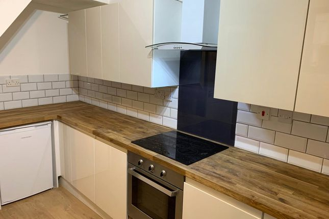 1 bed property to rent in Ashford Road, Maidstone, Kent ME14