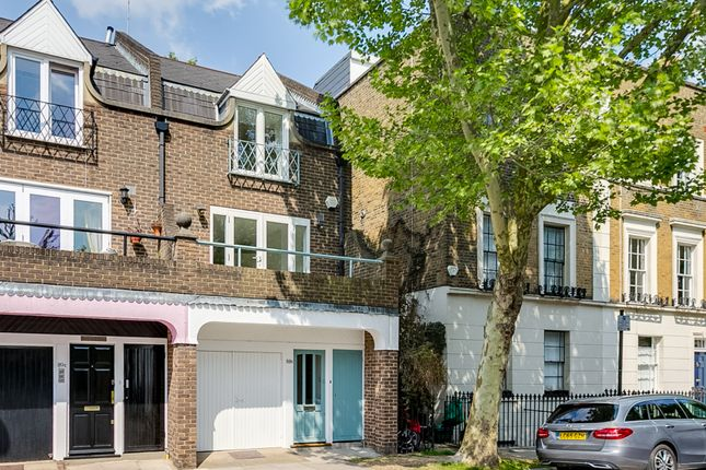 Thumbnail Terraced house for sale in Richmond Avenue, London
