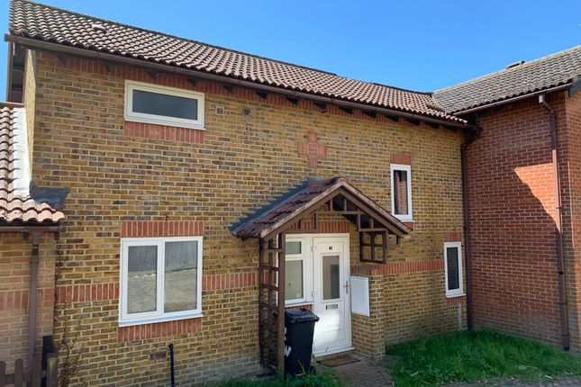 Thumbnail Property to rent in Ellisons Walk, Canterbury