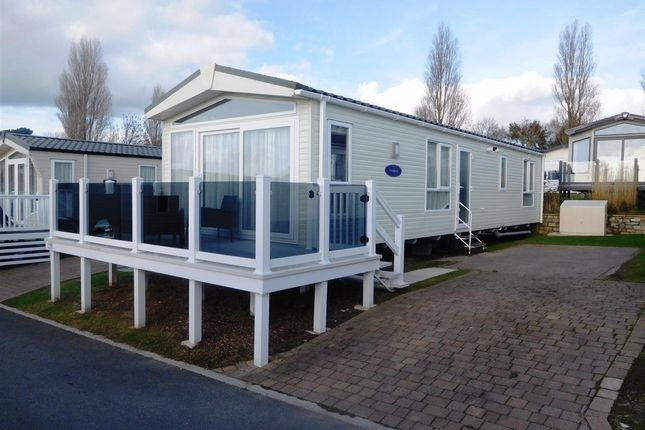 Thumbnail Property for sale in Napier Road, Hamworthy, Poole