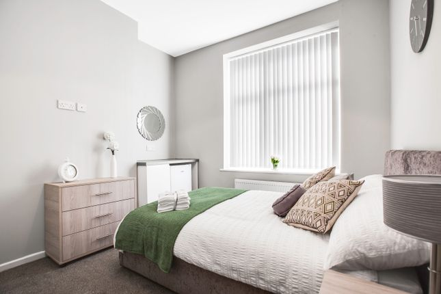 Thumbnail Room to rent in Harry Street, Oldham