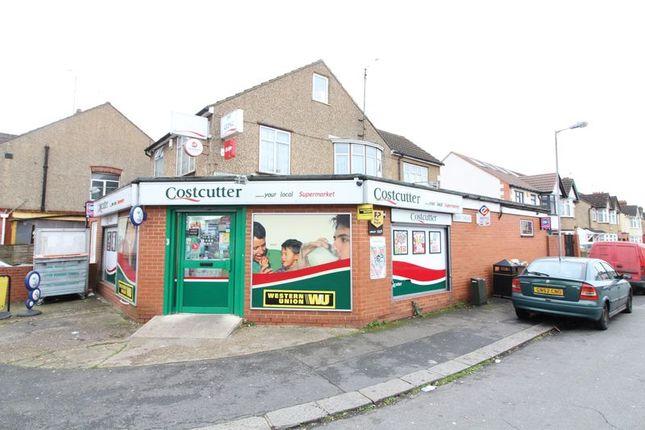Thumbnail Detached house for sale in Alder Crescent, Luton