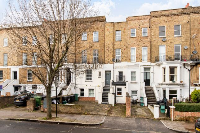 Thumbnail Flat to rent in Hanley Road, Finsbury Park