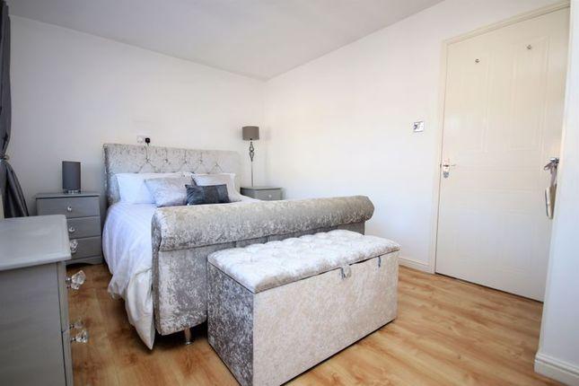 Master Bedroom of Kersehill Crescent, Falkirk FK2