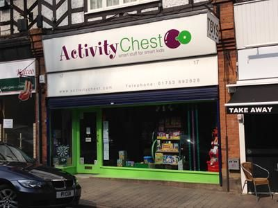 Thumbnail Retail premises to let in 17 Market Place, Chalfont St Peter, Buckinghamshire