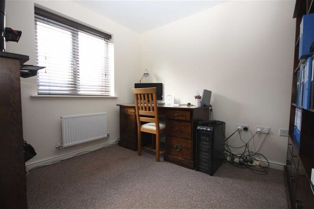 Study/Office of Bamburgh Drive, Chorley PR7