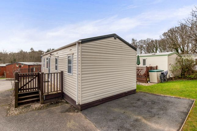 3 Bed Mobile Park Home For Sale In Finlake Holiday Village
