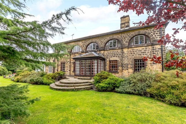 Thumbnail Detached house for sale in The Avenue, Harewood
