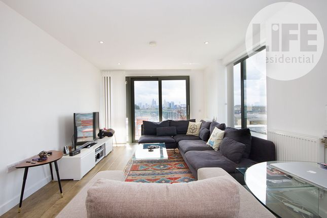 2 bed flat to rent in Bootmakers Court, 132 Ben Jonson Road, London E1