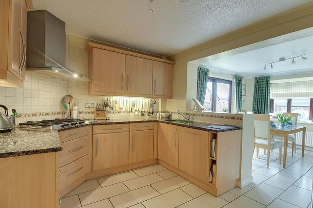 Thumbnail Detached house for sale in Craithie Road, Vicars Cross, Chester