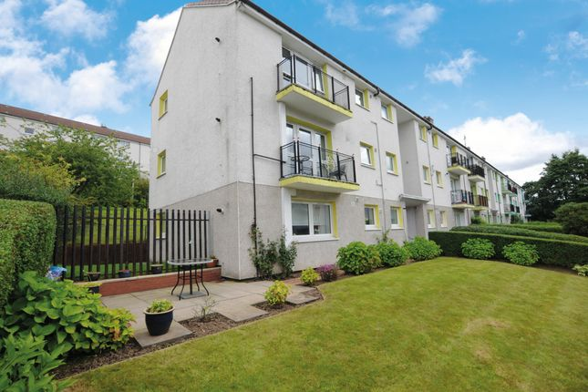 Thumbnail Flat for sale in Skirsa Street, Glasgow