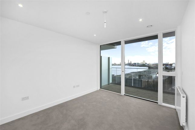 Picture No. 22 of Wyndham Apartments, 60 River Gardens Walk, London SE10