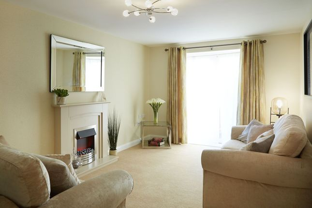 Thumbnail Flat for sale in School Brow, Romiley