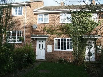 3 bedroom property to rent in Harwood Rise, Woolton Hill, Newbury