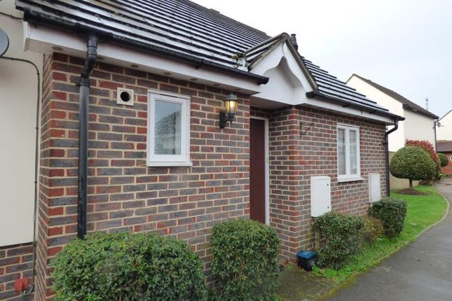 Thumbnail Bungalow to rent in Cygnet Court, Kelvedon Hatch, Brentwood, Essex