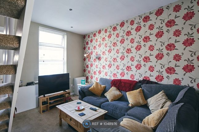 2 bed terraced house to rent in Astley Street, Manchester SK16