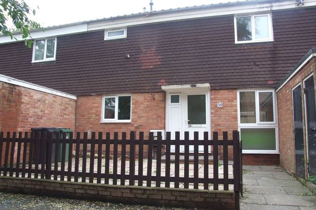 Thumbnail Terraced house to rent in Farnborough Close, Redditch