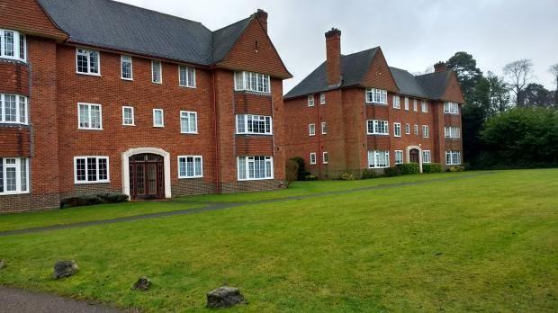 Thumbnail Flat to rent in Ellesmere Court, Ellesmere Road, Weybridge, Surrey