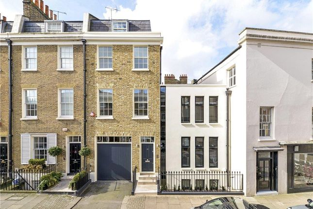 Thumbnail Terraced house for sale in Bloomfield Terrace, Belgravia, London