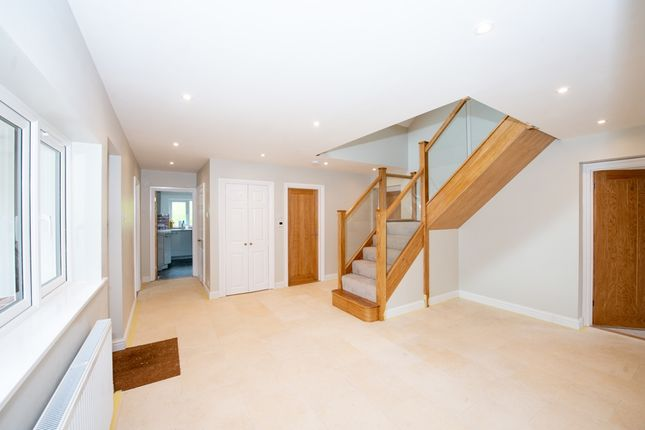 Thumbnail Detached house to rent in London Road, Petersfield