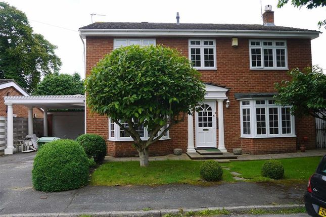 Thumbnail Detached house to rent in Harwood Gardens, Old Windsor, Berkshire