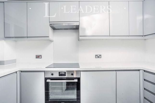 1 bed flat to rent in Bodiam Court, Haywards Heath RH16