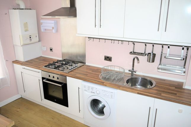 Thumbnail Flat for sale in High Street, Motherwell