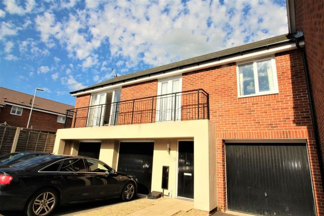 Thumbnail Flat to rent in Lower Lodge Avenue, Rugby