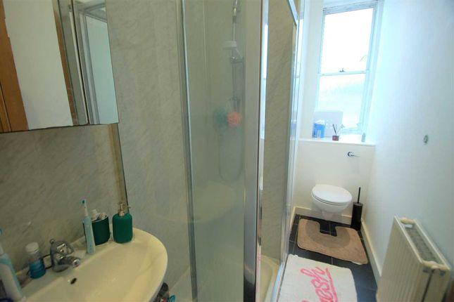 Shower Room of Perth Street, Edinburgh EH3