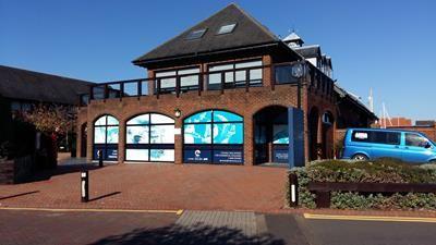 Thumbnail Retail premises to let in Shamrock Way, Hythe Marina Village, Southampton, Hampshire