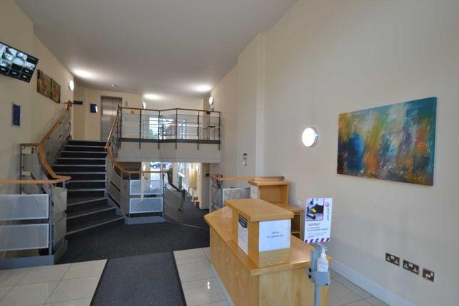 Thumbnail Flat to rent in Mercury House, London