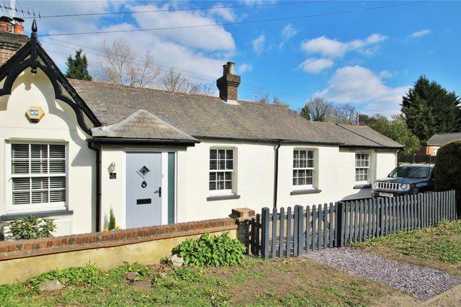 Thumbnail Detached bungalow to rent in Watling Street, Radlett