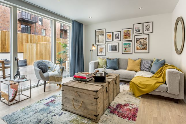 Thumbnail Town house for sale in Forbes Lane, London