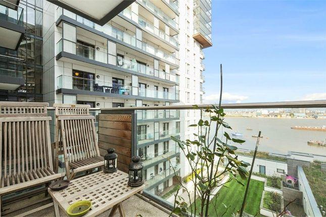 Thumbnail Flat to rent in City Peninsula, Barge Walk, Greenwich, London
