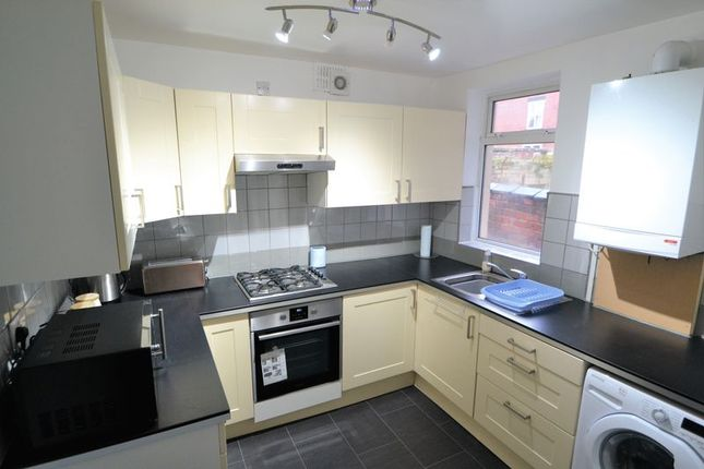Thumbnail Room to rent in R3, New Barton Street, Salford