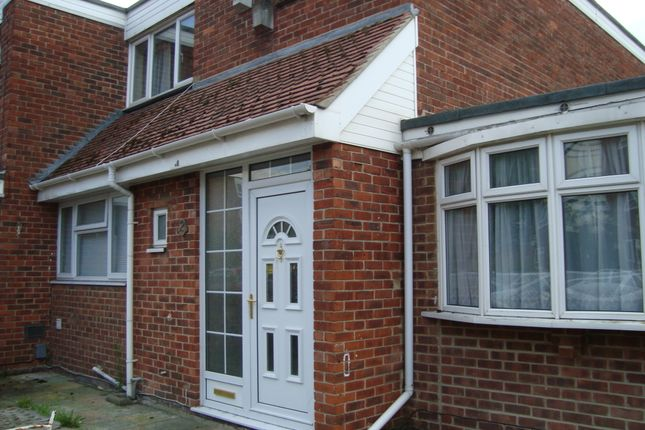 Thumbnail Semi-detached house to rent in Waterloo Street, Southsea