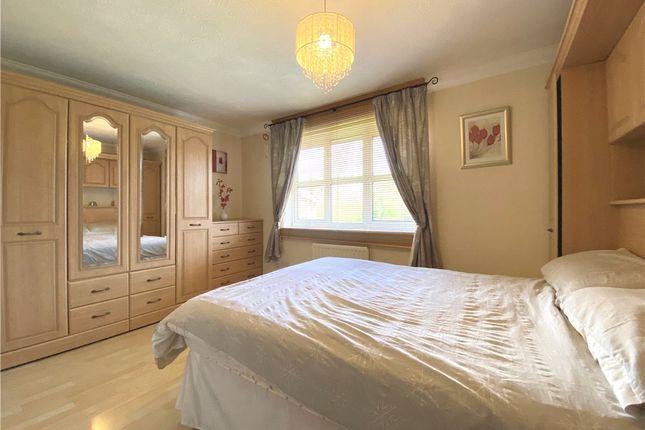 Bedroom of Rose Gardens, Farnborough, Hampshire GU14