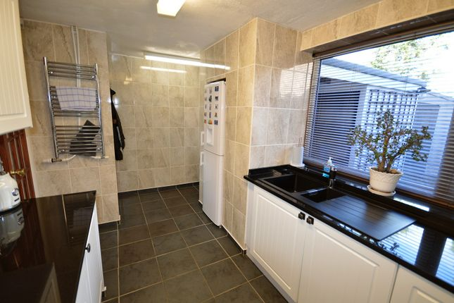 Kitchen of Hopefield Road, Lymm WA13