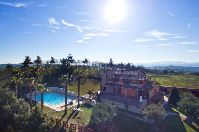 Thumbnail Villa for sale in Teramo, Teramo (Town), Teramo, Abruzzo, Italy