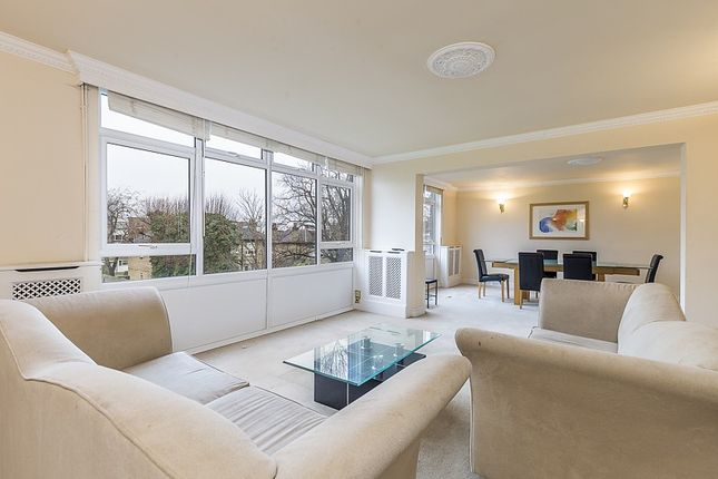 4 bed property to rent in Carlton Drive, Putney