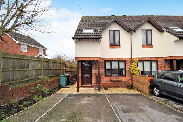 Thumbnail End terrace house to rent in Maltings Close, Alton