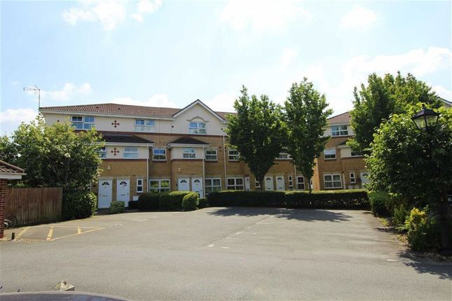 Manor Court, Cippenham, Slough SL1