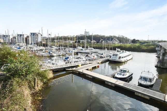 Thumbnail Town house for sale in Watkiss Way, Cardiff Bay, Cardiff