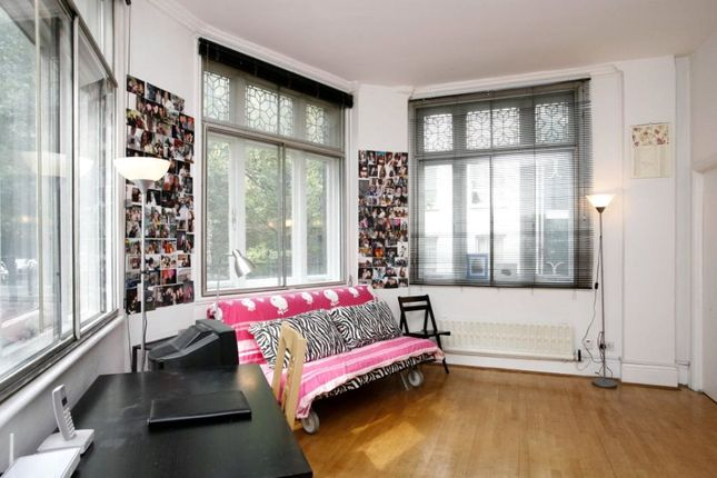 Studio to rent in Monmouth Street, Covent Garden, London