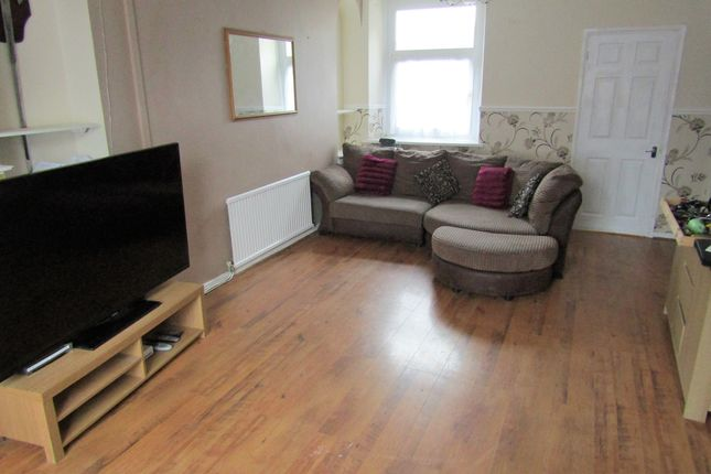 Thumbnail Terraced house to rent in Windsor Road, Mountain Ash