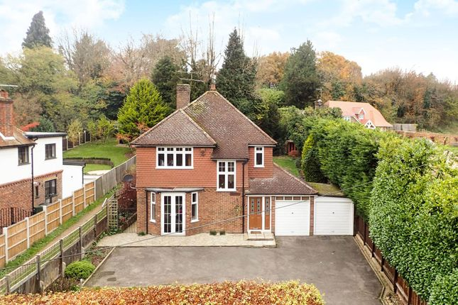 Thumbnail Detached house for sale in Guildford, Gomshall