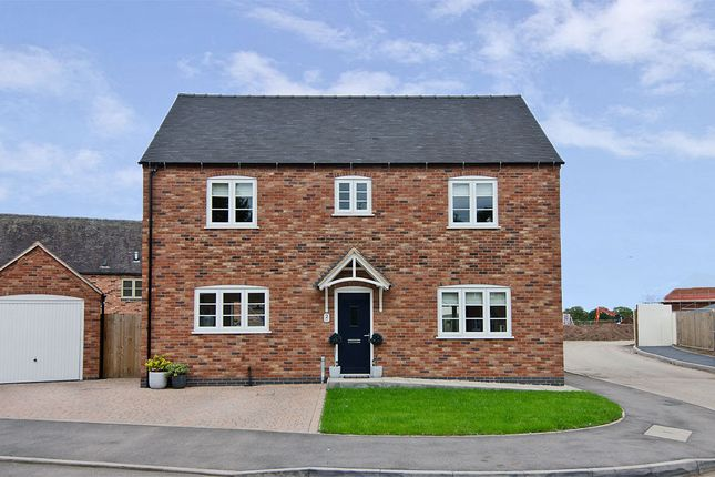 Thumbnail Detached house for sale in Ragley Close, Coton Lane, Tamworth