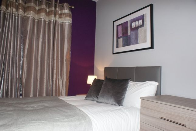 Thumbnail Room to rent in Aldham Cottages, Barnsley Road, Wombwell, Barnsley